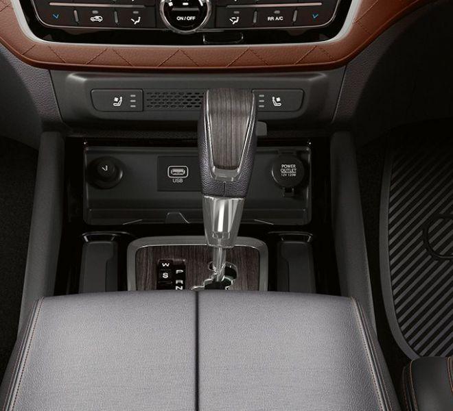 Automotive Mahindra Alturas G4 Interior-12