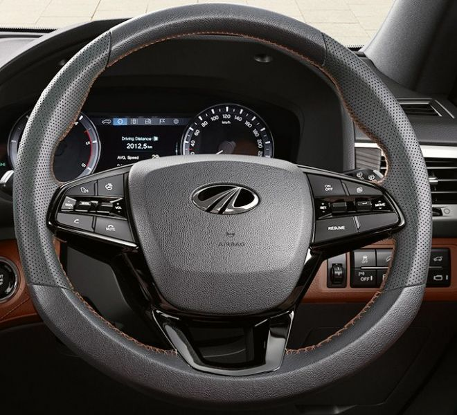 Automotive Mahindra Alturas G4 Interior-5