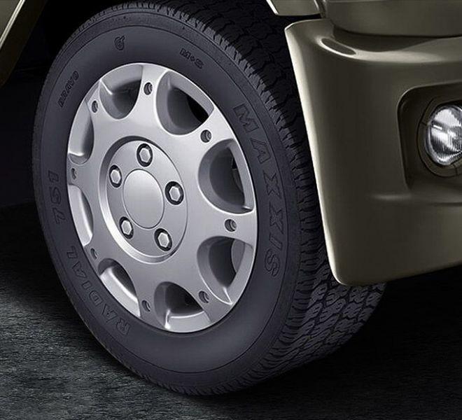 Automotive Mahindra Bolero Power Plus Exterior-6