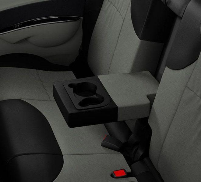 Automotive Mahindra Nuvosport Interior-11